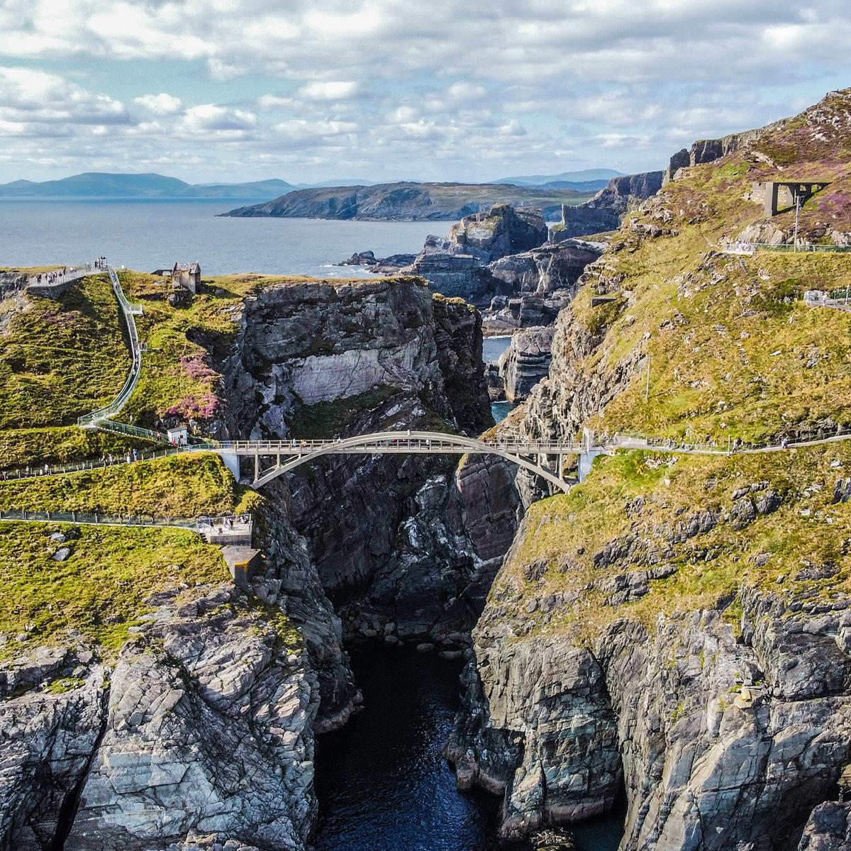 Rashed Henderson - Mizen Head, County Cork - We love Ireland